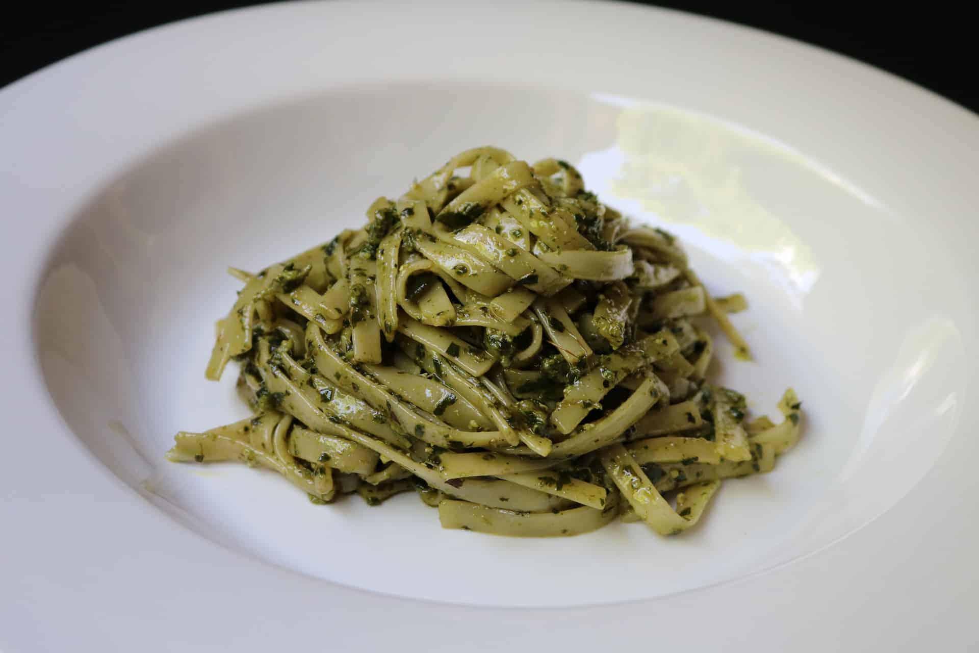Merengues o mostachones cocinar y gozar - Como hacer espaguetis al pesto ...