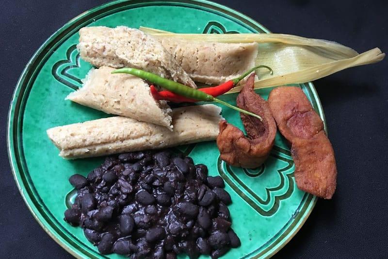 Tamales De Chicharrón