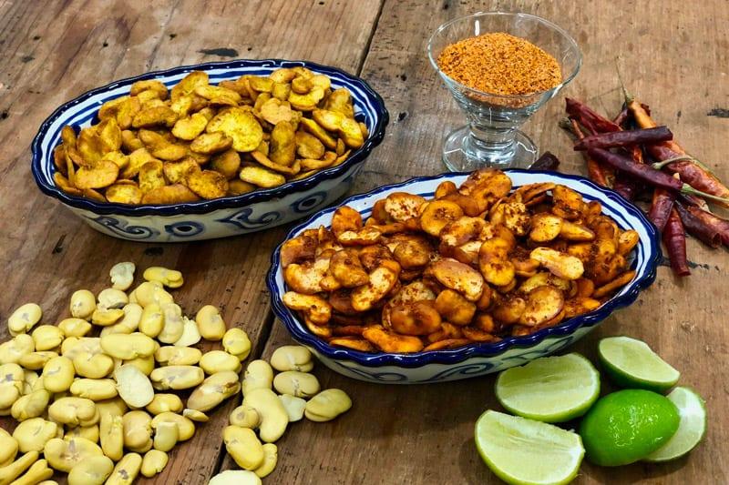 Botana De Habas Tostadas Enchiladas