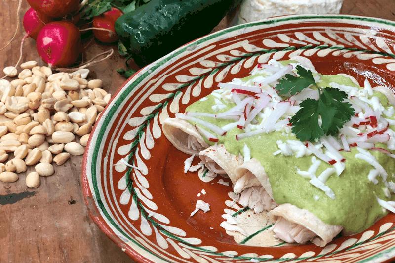 Enchiladas Verdes Con Cacahuate