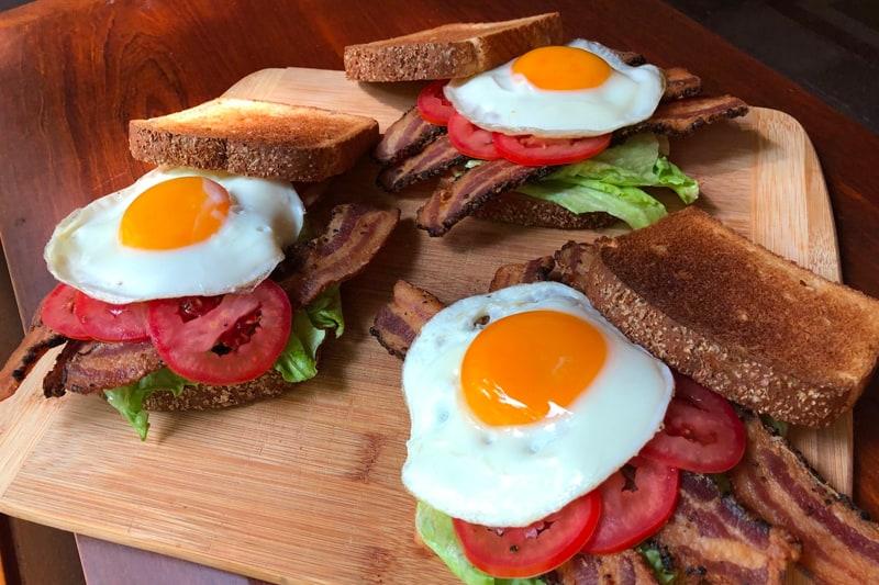 Sandwich De Tocino y…