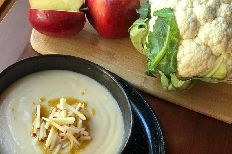 Sopa De Manzana y Coliflor